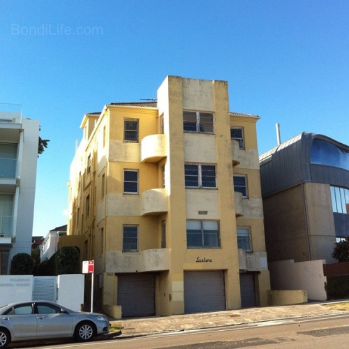 Lurline flats Bondi #bondi #flats #architecture (Taken with Instagram at Bondi Beach) Visit Bondi Life on Facebook | The Bondi Life Blog | Twitter | Google+ | Instagram | Pinterest