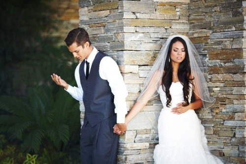 The couple wished to pray together before the wedding, while keeping with traditions and not seeing the bride before the ceremony. Very sweet idea.