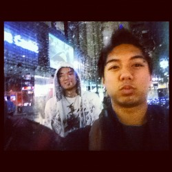 lol snowing in townhall #city#sydney#snow#snowing#weee#asian#pretty#dafaq#lol  (Taken with Instagram)