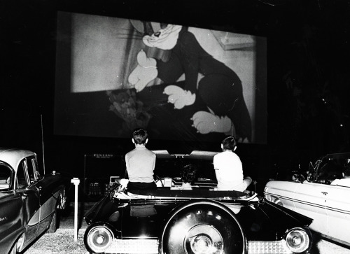 vintagegal:  Tom and Jerry on the screen at the Drive-In, St. Petersburg Florida, 1965