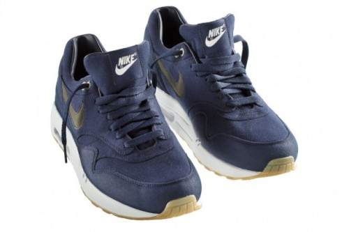 A.P.C. x Nike Air Max 1 French clothing brand A.P.C. and Nike Sportswear have teamed up again to present the A.P.C Nike Air Max 1 for Fall/Winter 2012. The sneaker comes in a navy canvas with a charcoal-grey swoosh and gum outer sole. Available on Aug. 30 at your favorite Nike sportswear retailer.