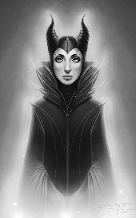 Maleficent by ~Phisea