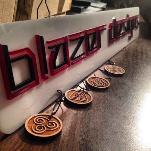 markjav:  Avatar Elements necklace from @blazerdesigns visit his tumblr blazerdesigns.tumblr.com he also has Pokèmon Badges, Zelda Heart Containers and even custom orders! (Taken with Instagram)  My buddy Mark hanging out at my studio, touching all my stuff :P
