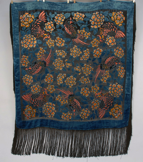 Shawl 1920s Whitaker Auctions