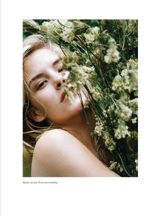 coco-vaughn:  Ashley Smith is All Natural for Russh #47 by Cara Stricker