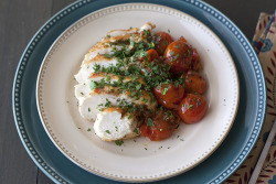 Chicken with herb roasted tomatoes: recipe