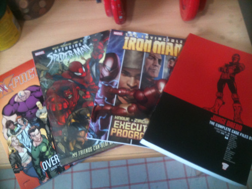 iandsharman:  Ah, more post came!  Good choice - I expect Judge Dredd Case Files 01 will start selling strongly in the run-up to the film's launch, although there is also a school of thought that suggests skipping to Case Files 03 and working through to Case Files 05, before hopping back to pick up the first two. As you can see from the contents, You get a run of classic stories from the appearance of Judge Death to the Apocalypse War, at a time when John Wagner had really got under the skin of the character. So it might be we'll see a boost across the line.