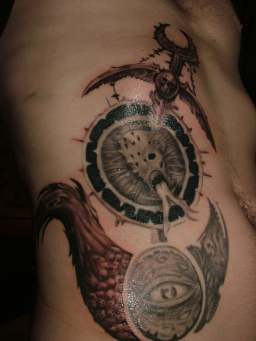 pureholocaust:  my tattoo is finisheeeeeeeeeeddd :D  HERSEY!