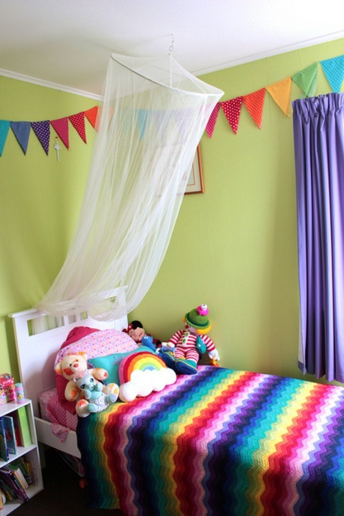 Now, this is one lucky little girl!  Have a peek into Miss 4's Bedroom and stare in wonderment at her Rainbow Ripple Blanket hand crocheted by Lost In Stash