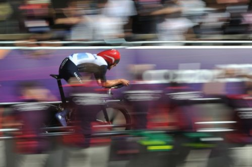 LONDON, ENGLAND - AUGUST 01: Bradley Wiggins of Great Britain in action during the Men's Individual Time Trial Road Cycling on day 5 of the London 2012 Olympic Games on August 1, 2012 in London, England. (Photo by Pascal Le Segretain/Getty Images)