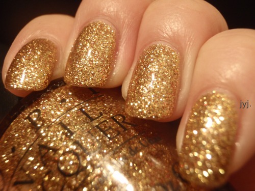 What Would Cersei Wear?Gift of Gold by OPI