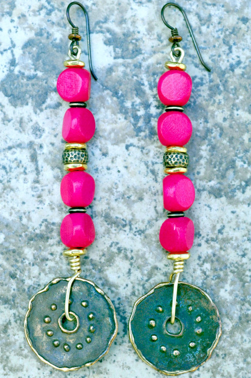 Exotic Pink Earrings: Exotic Pink, Gold and Bronze Disc Dangle Earrings