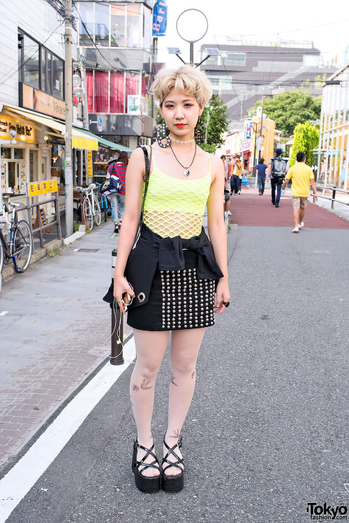 tokyo-fashion:  Cute short hairstyle, gender symbol earrings & tattoo tights on Cat Street in Harajuku.