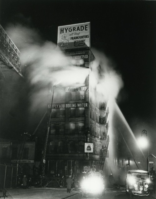 Vintage photography by Weegee.