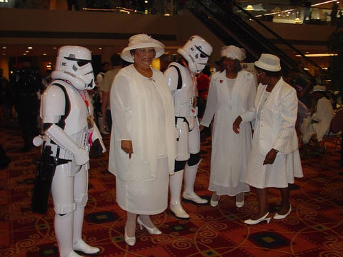gustafagraphics:  Dragoncon 2005 by kelldar on Flickr. 30 Days of DragonCon - Day 9: Photo of Someone who doesnt belong there. Need I say more?