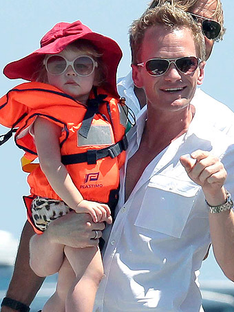 surisburnbook:  Wow, when it comes to boating style, Harper Burtka-Harris is not messing around.