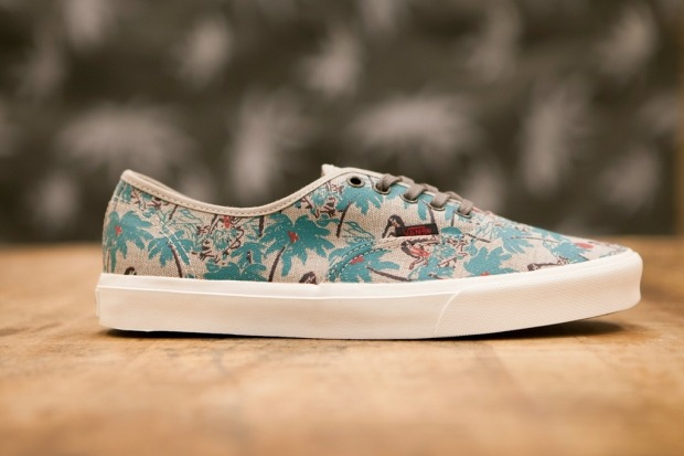 I bet dommm would be into these… beyondfabric:  Vans Authentic SS13 Aloha Camo
