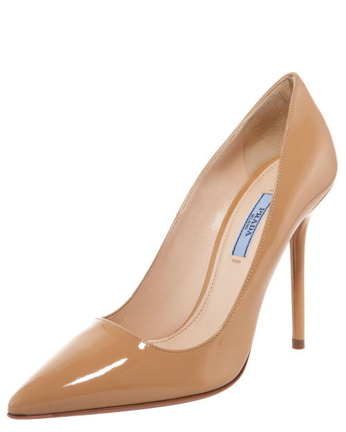 mutexme:   Prada Patent Point-Toe Pump for $ 279 (Orig $ 620) @ Neiman Marcus size 36.5, 37