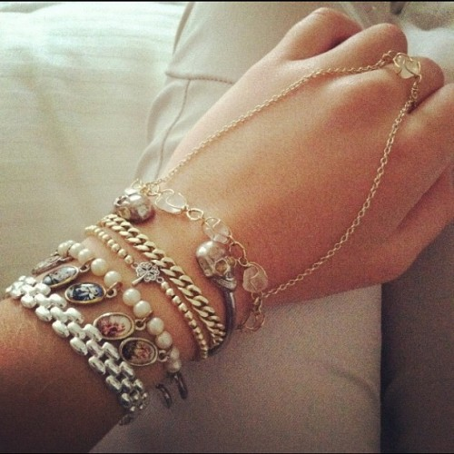 golddustt:  Yeah I'm mixing silver with gold today #armparty (Taken with Instagram)