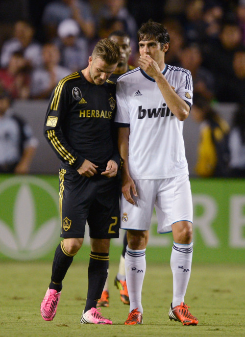 kicktv:  Caption This!