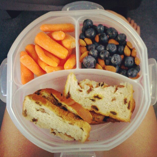 #Breakfast: Two slices of raisin bread with PB, baby carrots, and blueberries with almonds. Random mix, but its good enough for me. :) #carrots #vegetables #blueberry #Blueberries #fruit #Vegetable #Raisin #raisinnutbread #RaisinBread #Peanutbutter (Taken with Instagram)