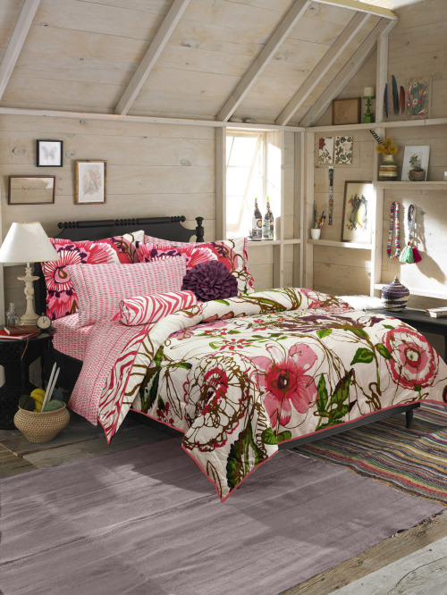 Score Teen Vogue's super cute Flora & Fauna Bedding Set, available now at Macy's! Use code RENEW to save 15% »