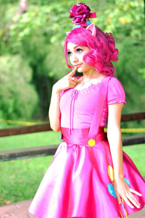 Pinkie Pie from My Little Pony: Friendship is MagicCosplayer: PameeKawaiiPhotographer: Dante1013