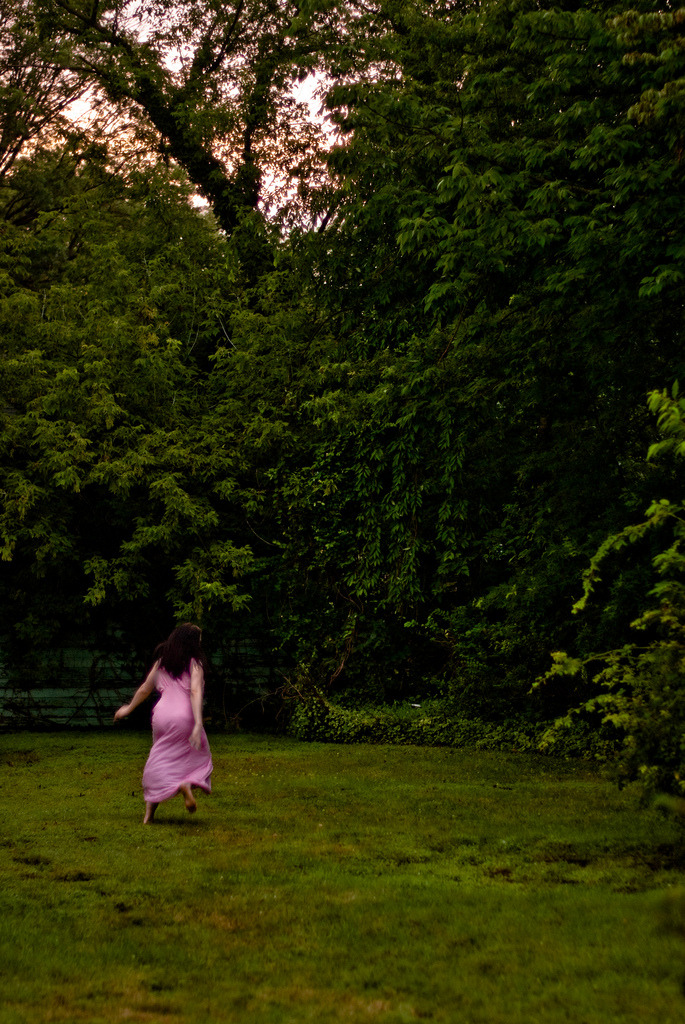 rnfox:  nightgown dawn on Flickr. backyard, NJ. Pink sky, pink nightgown. PHOTO FLASHBACK: August 3rd 2009