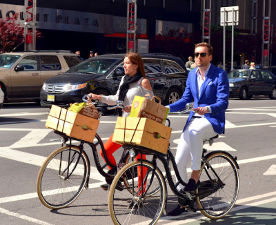 We love this adorable couple biking down Broadway…Midtown West, NYC (via J Bella Style)