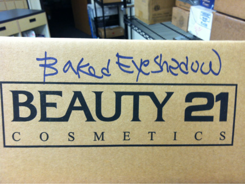 This must be the eyeshadow that Kristen Stewart uses.