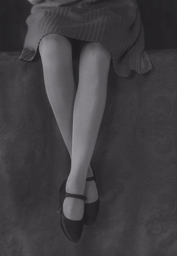 lauramcphee:  Stockings, 1929 (Bassano)