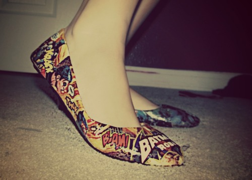 leatherandlacexo:  Made some Batman ballet flats. I do more than heels! Ask me to make you something custom! Take a look at this listing here or view my shop & other items here!