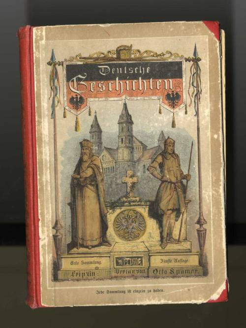 Yet another old German book! This one is from 1883. The title is Deutsche Geschirhten and it appears to be a history…