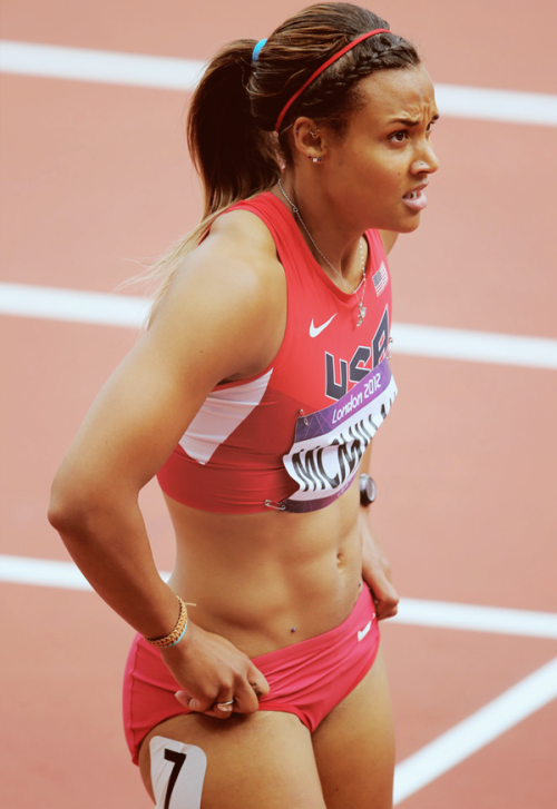 ladytatyana:  fuckyeahfamousblackgirls:  Chantae McMillan competes in the Women's Heptathlon today  good ole' American beauty