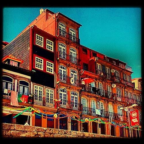 #city #history #historical #street #streetphotography #buildings #colors #beautiful #travel #travelingram #statigram #instagram #webstagram #tagstagram #bestoftheday #photooftheday #picoftheday #photo #pic #picture #ig #igers #ignation #places #fromwhere #people #eavig #iphonephotos #iphonesia #iphone #instagrammers #instacanvas  (Taken with Instagram)