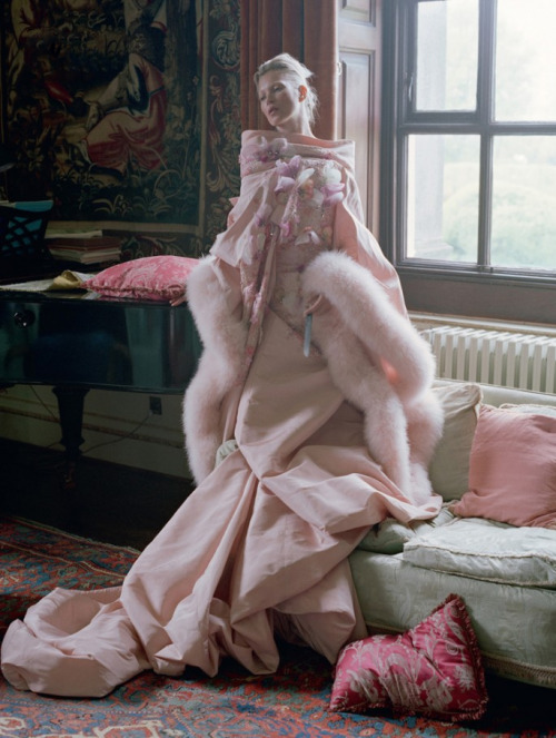 the-moustached-king:  'Waltz Darling', Kate Moss by Tim Walker, Love #8 F/W 2012. Christian Dior Fall Winter 2007 Haute Couture