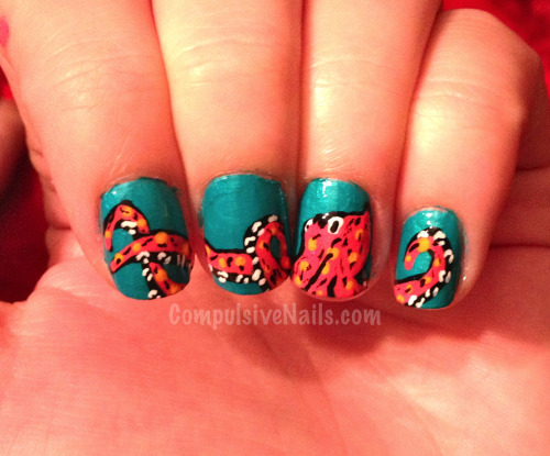 compulsivenails:  Octopus nails across four fingers… I was bored and wanted to do something unusual on my own nails :)