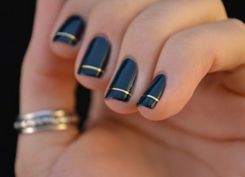 iheartnorwegianwood:  reifhaus:  #manicuremonday love this so, so much.  so, so good….
