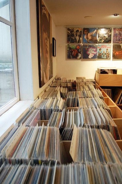 sp-itta:  waxwell records amsterdam 0086 by Waxwell Records on Flickr.