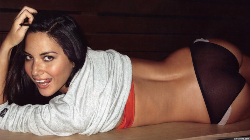 Hey Olivia Munn, you are beyond beautiful!!