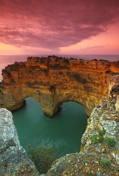 sshgemtwins:  Heart Sea Arch, Portugal