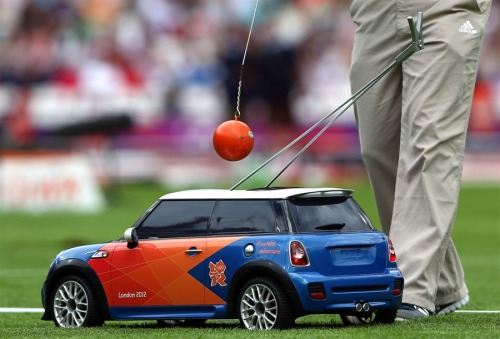 hotvvheels:  RC Mini Cooper's used to return the hammer in the Olympics