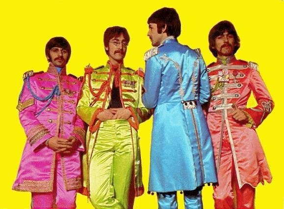 "mrsgeorgeharrison:  the Beatles ""Sergeant Peppers Lonely Hearts Club Band"" dmbeatles.com"