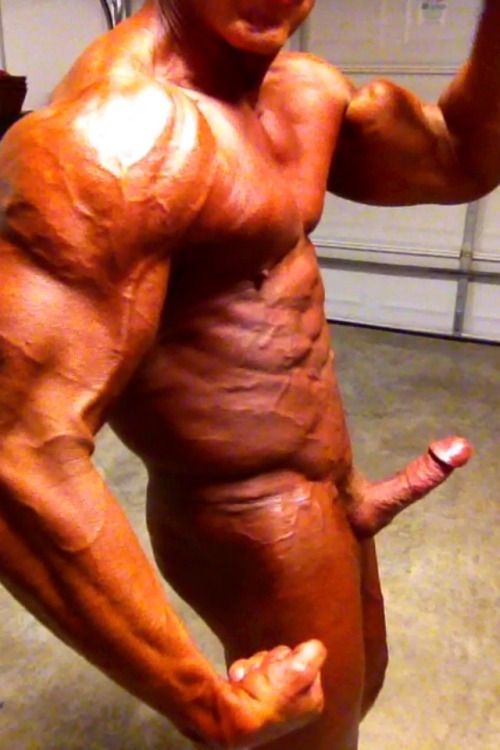 Competition tan just applied and drying…about to step on the stage!