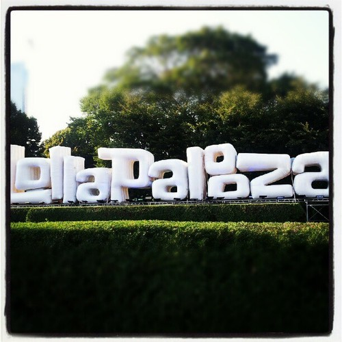 It's gonna be another amazing day at Lollapalooza, and you can hear it all LIVE on 88.7fm WLUW! We've got a jam-packed day full of live performances, exclusive interviews, and music from myself and my fellow DJs at the Free Yr Radio tent, so tune in to hear it all unfold! Listen in Chicago on 88.7fm, or stream online at wluw.org. And if you're at the fest, don't forget to stop by!