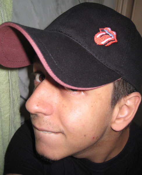 also, check out this amazing Rolling Stones cap my mom gave me! =D