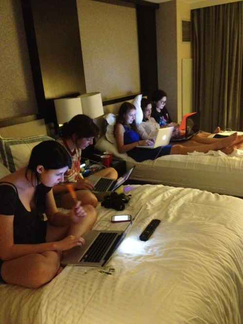 albrie:  lanceterry:  albrie:  when 6 bloggers share a hotel room…  I counted 5  who do you think took the fucking photo