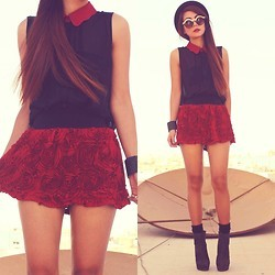Mini Skirt with Structured Rose Detail http://bit.ly/IsIOsM featured by http://bit.ly/N4Brg1