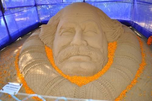 colossal lahiri mahasaya head in sand. awesome!