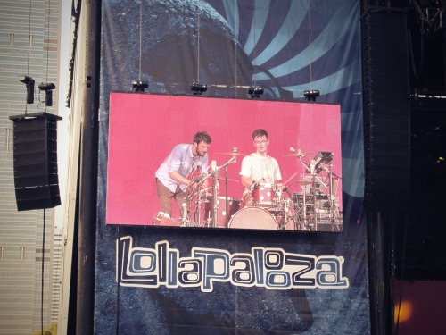 bestrayever:  My favorite set of day one at Lollapalooza? PASSION PIT.   Awesome yesterday too. Michael seemed to be feeling better, so I was really happy to see that. A little nervous at times but it was understandable. You never would have guessed that he's been gong through some things.